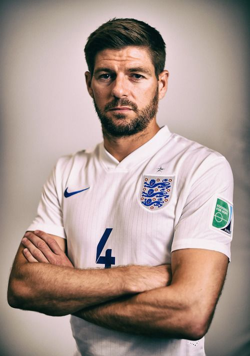 Steven Gerrard of England my heart with you in your match hhhhhhhhhhhh