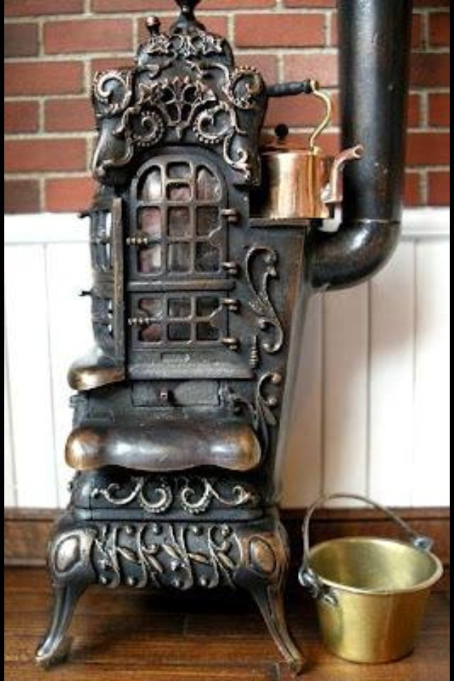28 best old pot belly stoves images on pinterest antique for Decorative rocket stove