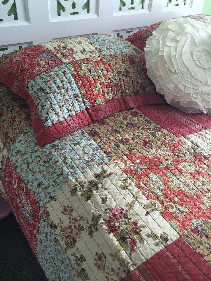 Botanical Queen Size Shabby Chic Patchwork Florals Quilted Bedcover Coverlet  Set