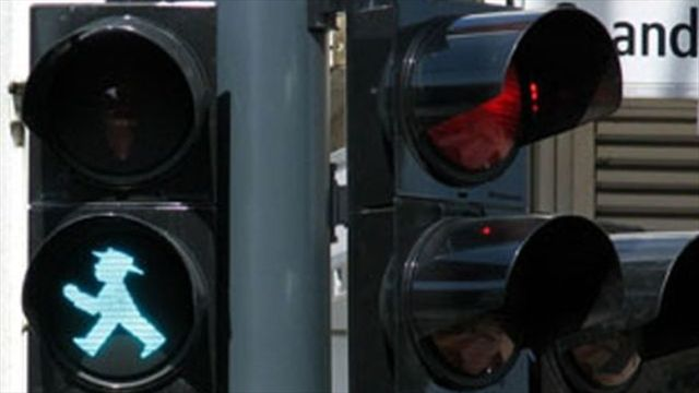 Denuncian la prórroga de un contrato estancado sobre semáforos inteligentes.-Desde hace cinco años el Distrito le entregó a ETB una fiducia por 32.000 millones para el sistema que aún no arranca.