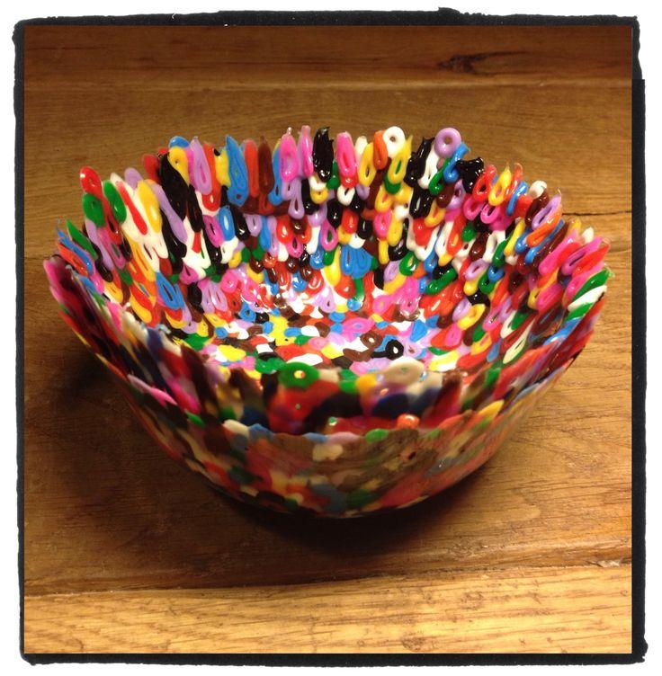 Bakjes maken van #strijkkralen in de #oven. Leuk om te maken bij #kinderpartijtje. Meer informatie via info@stiksels.com