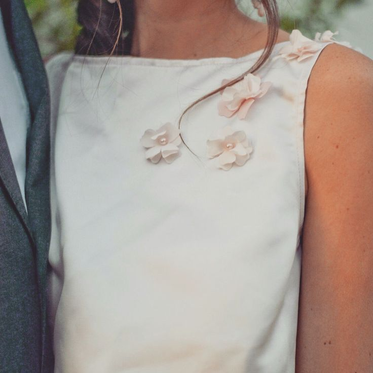 #ElaineBlomBRIDE 'Colette'  How we love close-up shots this pretty to brighten a Monday morning!