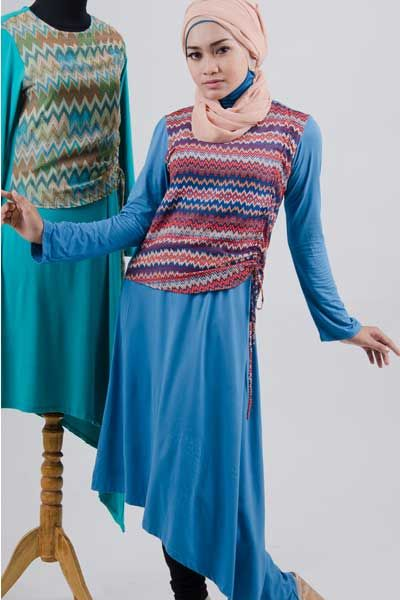 #Blus bermotif #salur dan berbahan #kaos combed