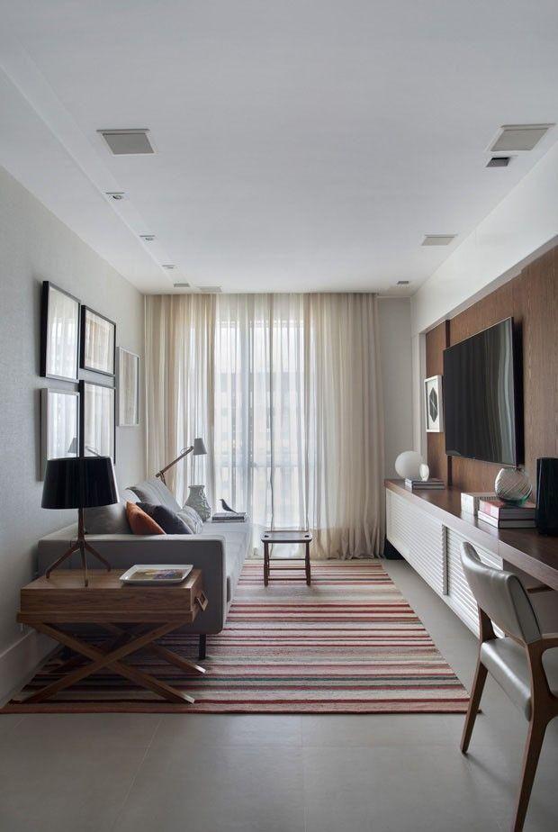 Veja a seleção do Decor Fácil com 50 fotos de salas de estar pequenas para você se inspirar.