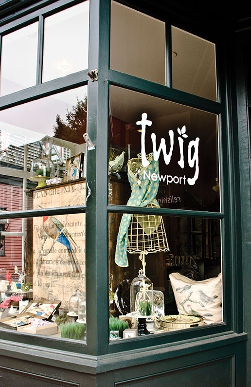 Clothing stores newport ri