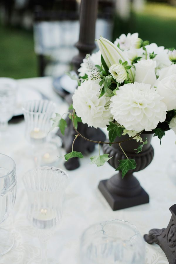 black and white wedding arrangements; really simple <3, Go To www.likegossip.com to get more Gossip News!
