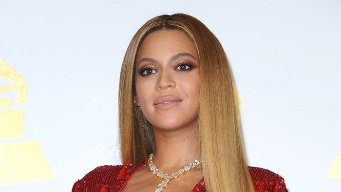 Beyonce Pledges to Give Hurricane Harvey Aid to Hometown Houston: #beyonce