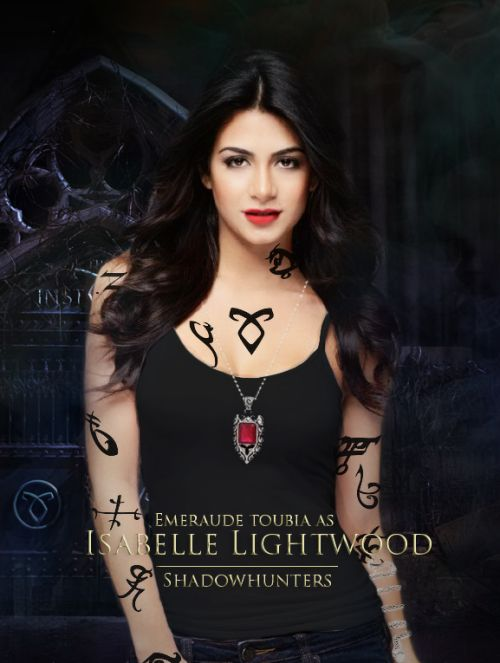 Fanmade poster of Emeraude Toubia as Isabelle Lightwood (official #Shadowhunters cast)