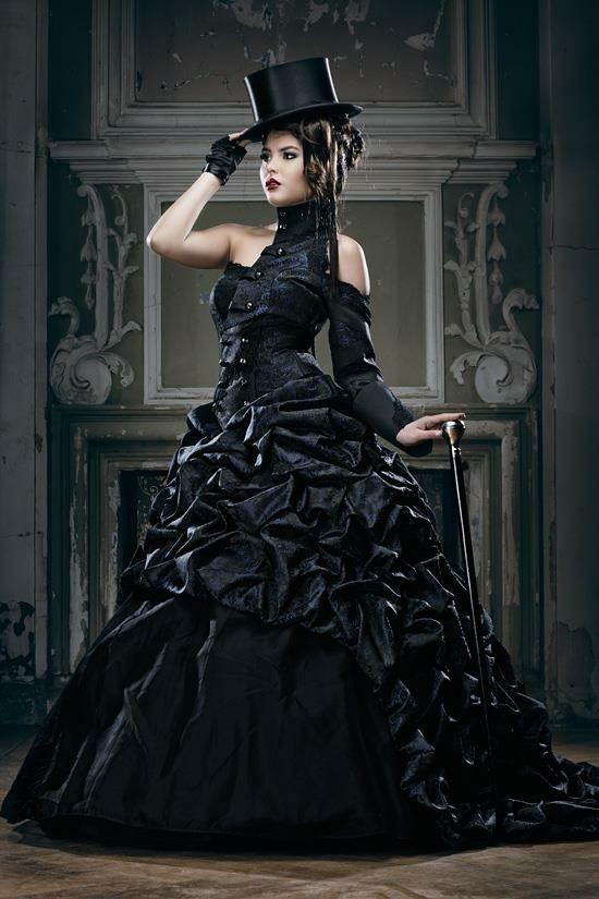 pin von rebecca temari auf woman in black brautmode