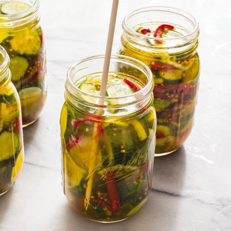 We wanted a bread-and-butter pickle with a crisp texture and a balance of sweet and sour—perfect for adding to a char-grilled burger.