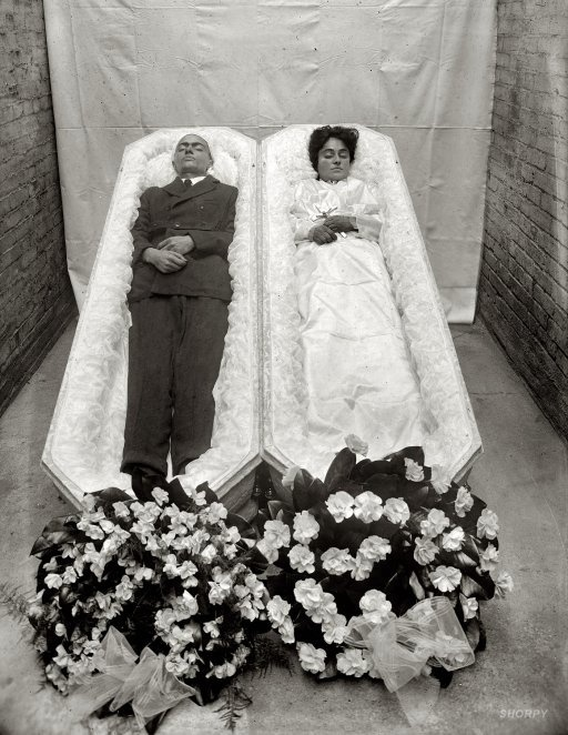 victorian memento mori | Memento Mori: Victorian Death Photos / ..and they lived happily ever ...