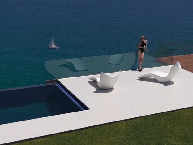 Surf collection by Karim Rashid.  vondom.com