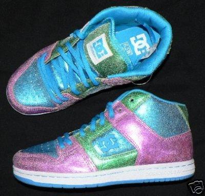 DC skate shoes