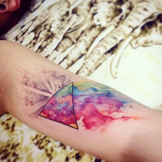 Les 25 meilleures id es concernant tatouages effet aquarelle abstraite sur pinterest tatouages - Tatouage 3 points en triangle ...