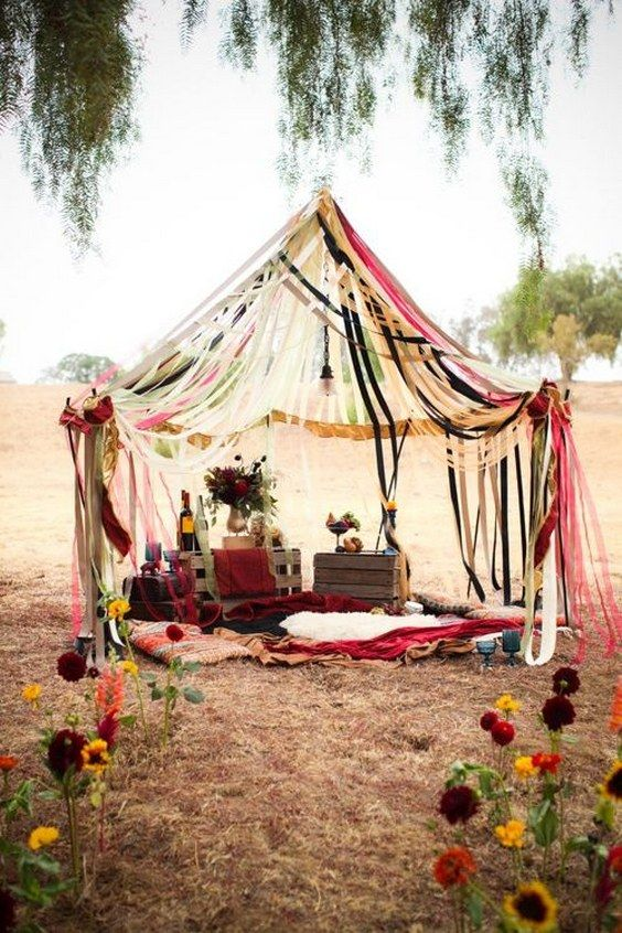 rustic bohemian vintage wedding teepee / http://www.deerpearlflowers.com/vintage-bohemian-wedding-ideas/