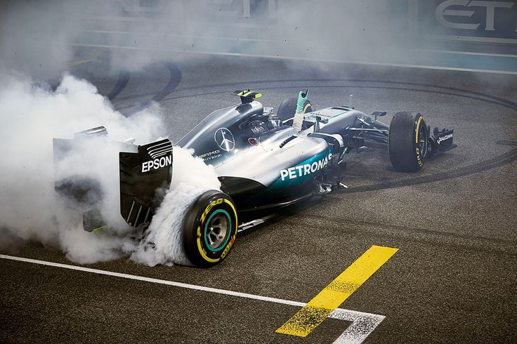 MERCEDES AMG PETRONAS - Nico's 2016 Season in Pictures