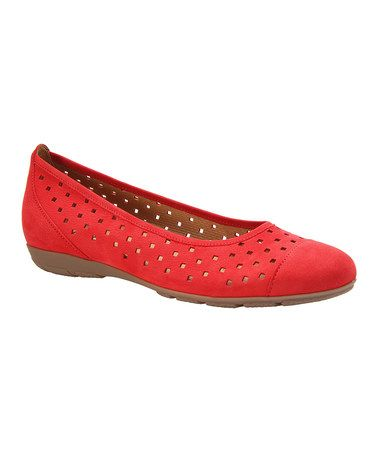 This Lavato Geometric Cutout Leather Flat is perfect!