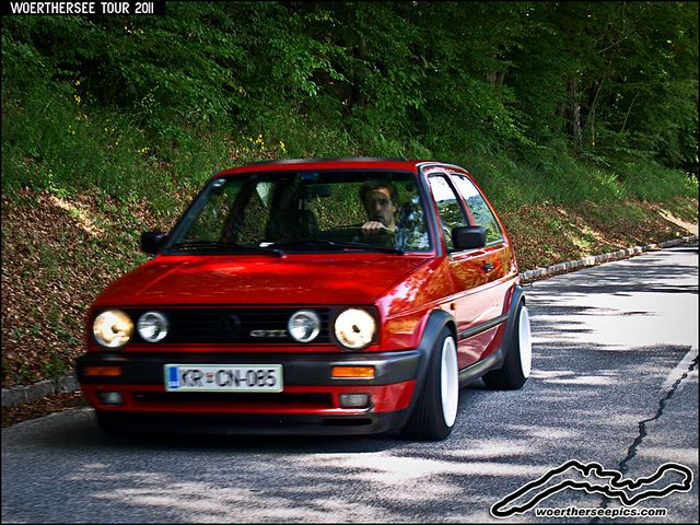 golf 2 gti red golf 2 gti red red mk2 vw golf bikes cars pinterest volkswagen rabbit and red. Black Bedroom Furniture Sets. Home Design Ideas