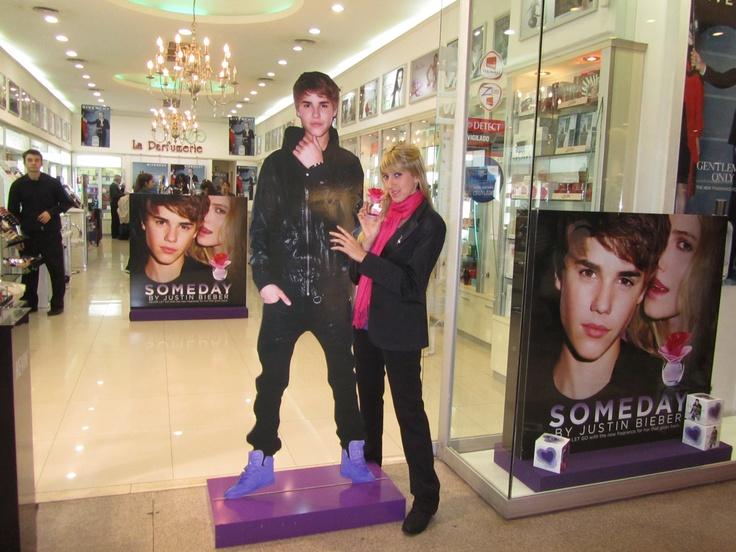 Justin también está en La Parfumerie del shopping Alto Avellaneda!!