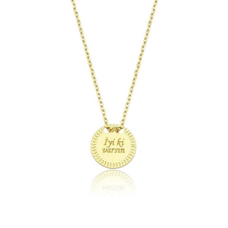 """Altın """"İyi ki Varsın"""" Kolye #altınbaşlife #kolye #altın #takı #tasarım #hediye #gift"""