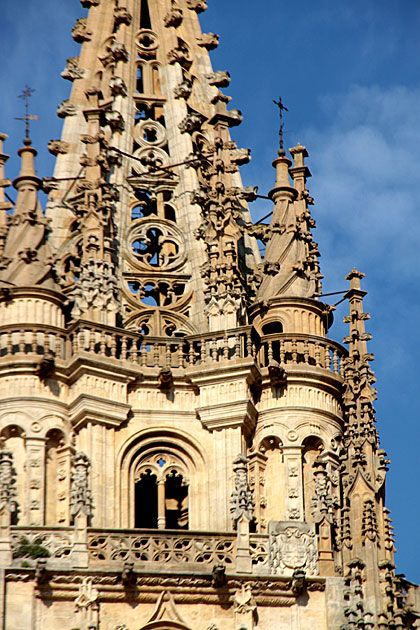 I pass this cathedral everyday on my way to class in Oviedo. SO BEAUTIFUL