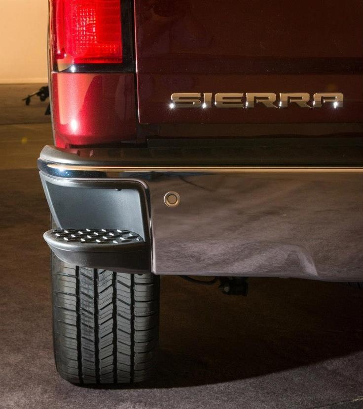2014 Sierra Back Bumper Step