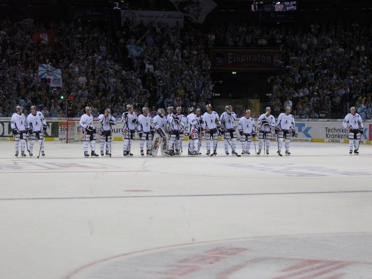 Eisbären Berlin beim DEL Spiel in Hamburg