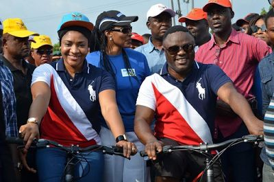 Cross River State Governor Senator Ben Ayade on Thursday advised youths to stop engaging in sex before marriage as it is the best way to avoid contracting HIV/AIDS virus.  The governor who stated this in Calabar during the 2016 World Aids Day said the best virtue any girl or woman would give to her husband is to get married as a virgin a core value Africans are known for. The governor described his wife Dr. Linda Ayade as one of such rare women who lived a virtuous lifestyle before she got…
