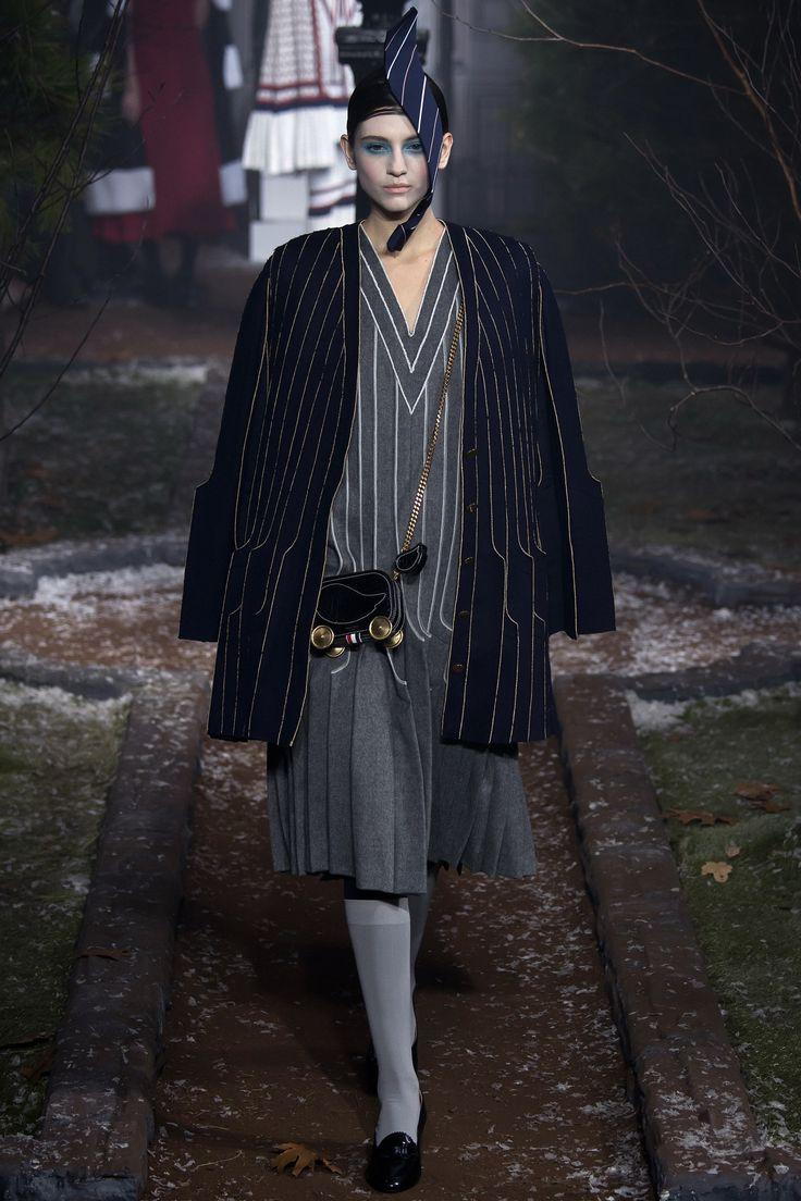 Thom Browne Fall 2016 Ready-to-Wear Fashion Show - Niki Nagy