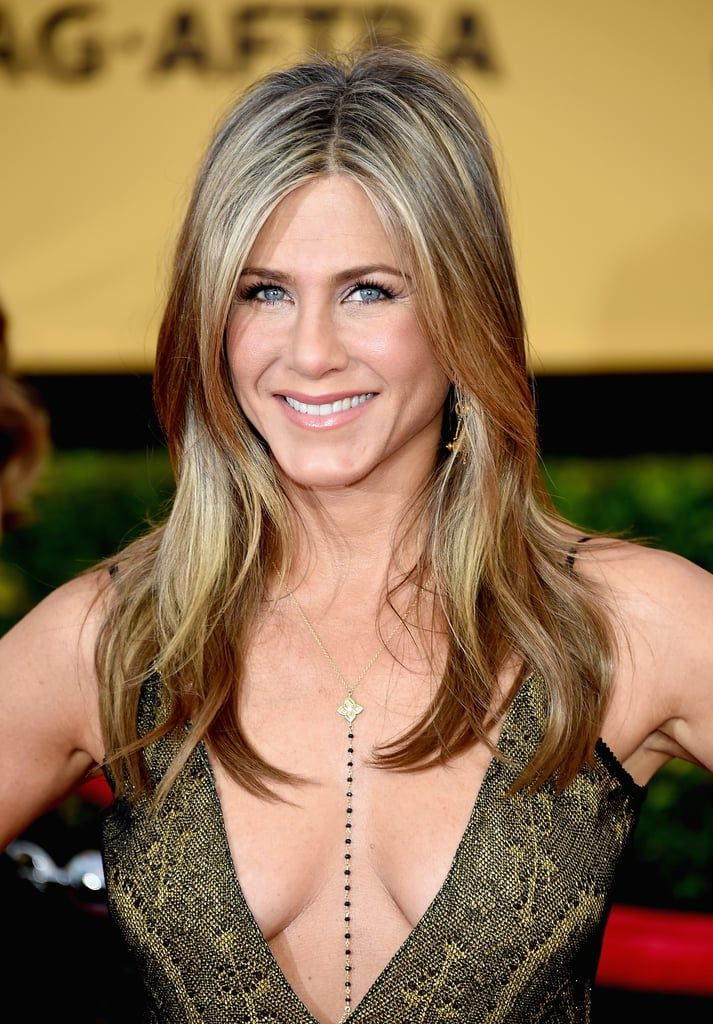 POPSUGAR: How often do you wash your hair, and do you rely on dry shampoo after your workout? Jennifer Aniston: Dry shampoo has kind of been my lifesaver in the last few months. After I work out I usually run a hair dryer through my hair just to kind of dry up the moisture. Then I add the dry shampoo as sort of an added cleanser. It sounds bizarre, but it's actually better day two and day three. It's weird with the dry shampoo, it just kind of gives it more texture and nice, beachy movement…