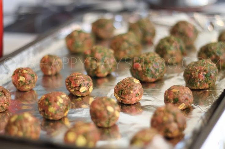 BLW Recipe: Baby Meatballs - ground meat, oatmeal, egg, chopped spinach, and spices. Bake at 400 degrees until cooked through.