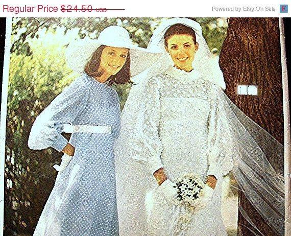 20 OFF PATTERNS SALE 1960s Vogue Wedding Dress Pattern Misses Size 12 Special Design