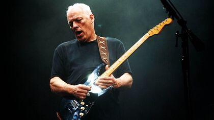 David Gilmour tributa a The Beatles.
