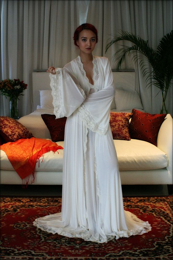 Bridal Robe Wedding Lingerie Blush Embroidered by SarafinaDreams