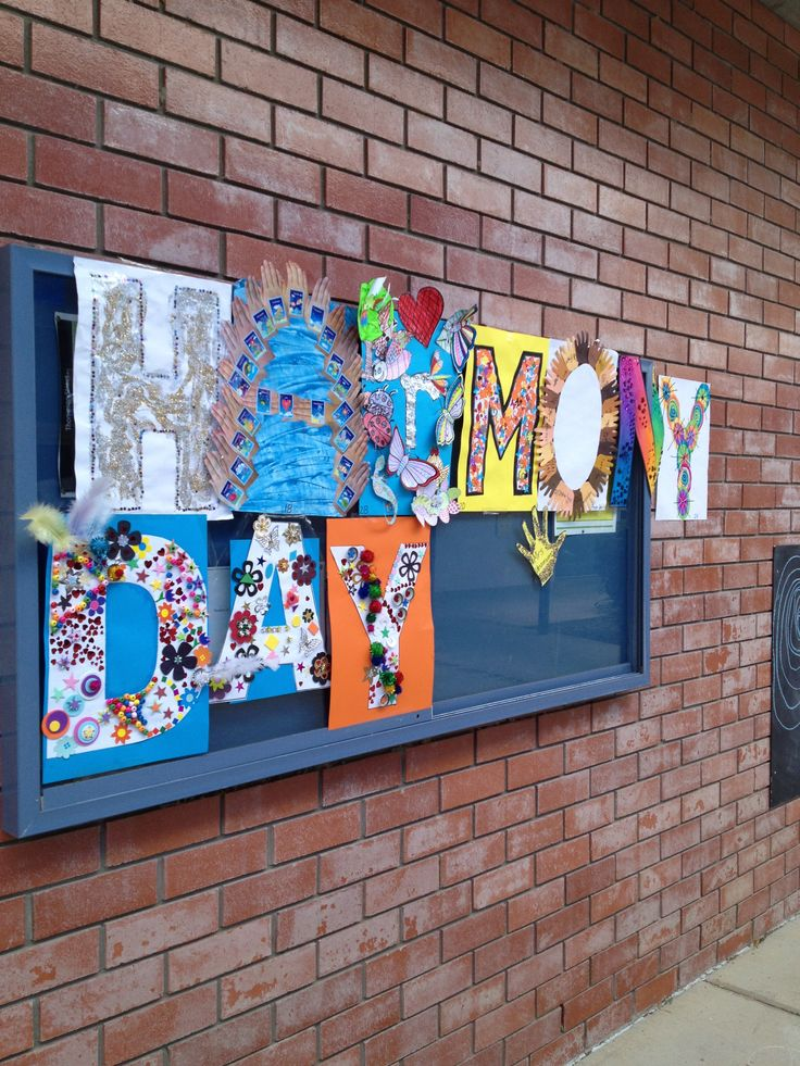 I was invited up to The Cathedral School in Townsville to help the children and school celebrate Harmony Day!  Here is one of the amazing things the children created to embrace the feeling and awareness that EVERYONE BELONGS!  Happy Harmony Day!