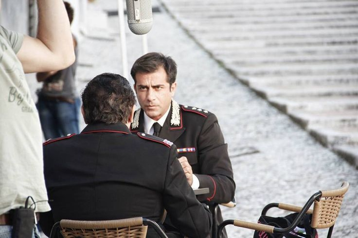 Simone Montedoro as captain Giulio Tommasi in Don Matteo 9, shooted in Spoleto 2013, will be released in october 2013 by Rai1