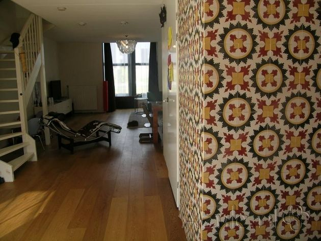 Cement tiles Living Room - Rosso 07 - Project van Designtegels.nl