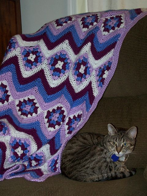 Ravelry Project Gallery For Baby Granny Stripes Blanket