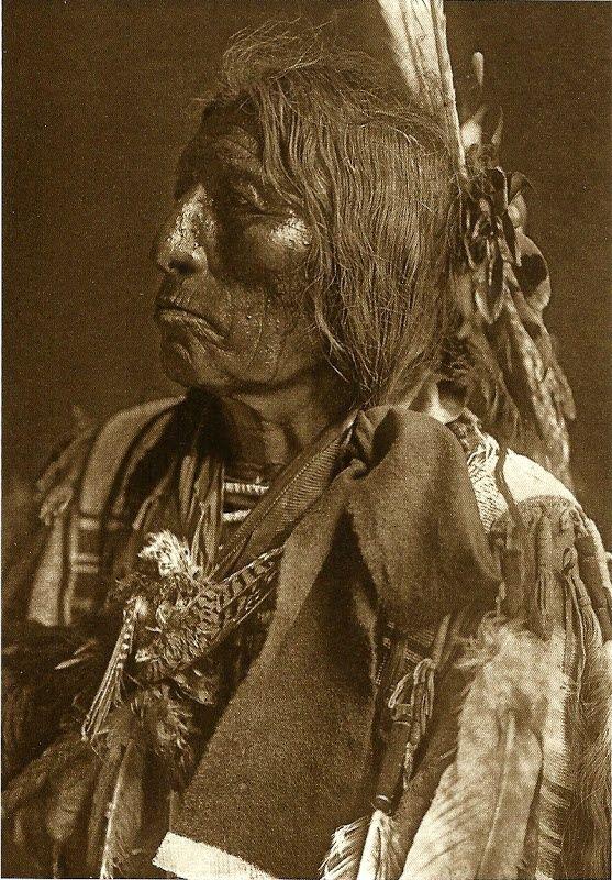 Slow Bull, Oglala Sioux warrior and medicine man (1907)