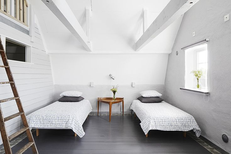 simple and white bedroom