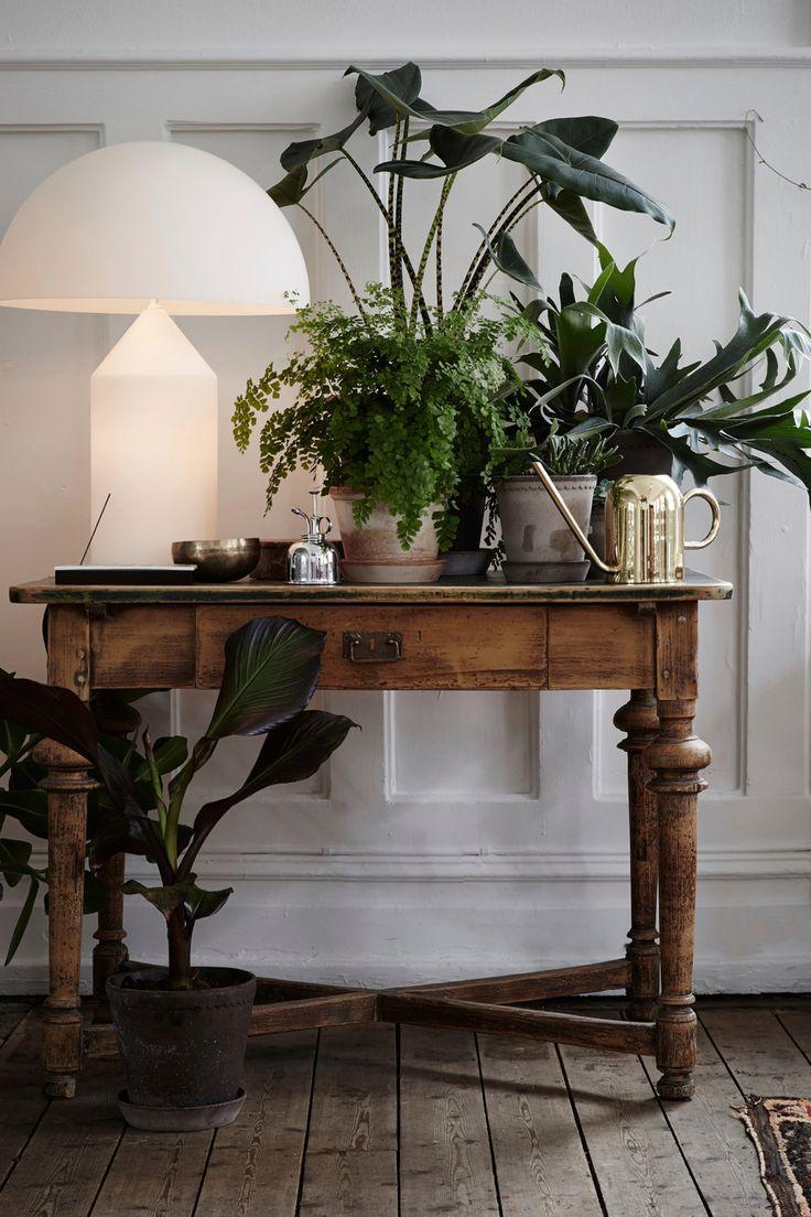 Tengo una mesa igual que me rechifla pero no me coge en la entrada, qué bonita así decorada