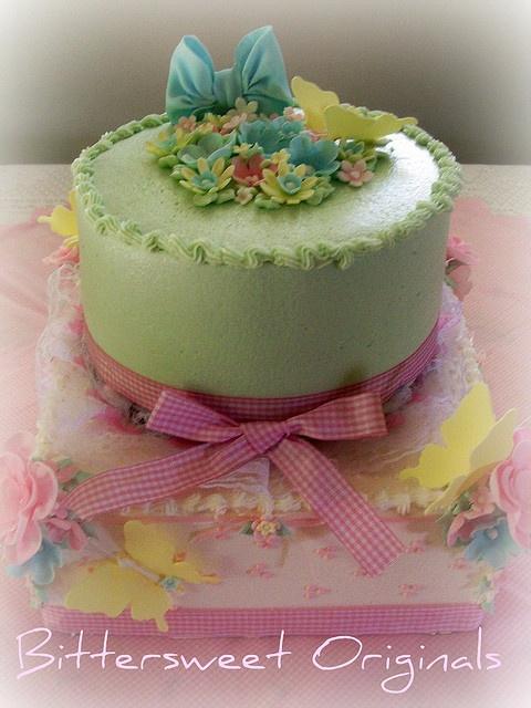 Shabby Chic Butter Cream Cakes