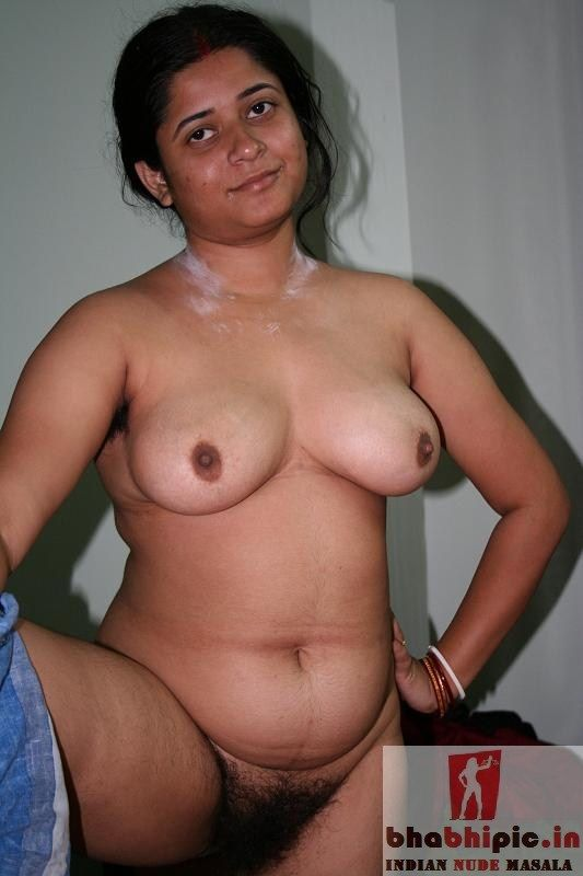 naked indian women club
