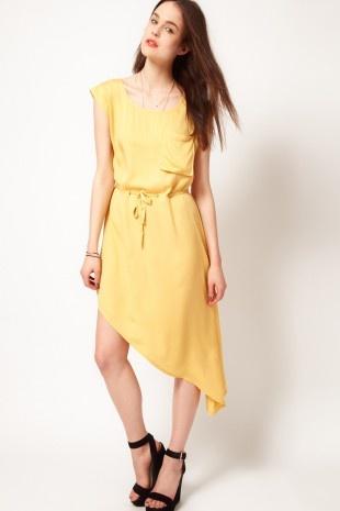 Staple – Kleid mit Tunnelzug und Tasche vorn