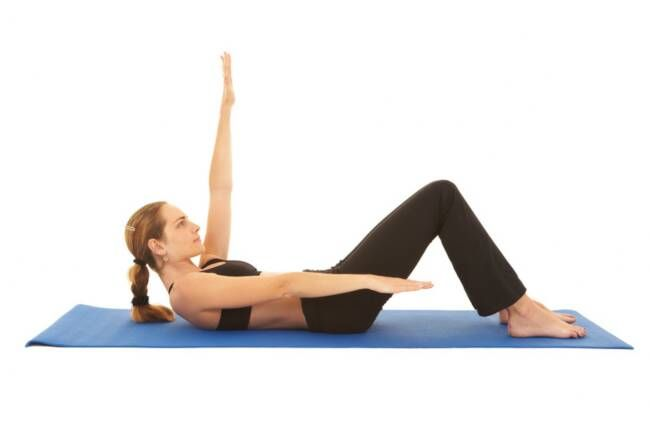 Workout Wednesday! 20 Minute Video of Pilates Mat Exercises with Ivy Larson #pilates #cleancuisineandmore