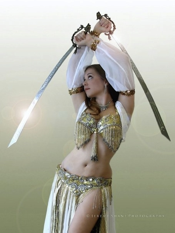 bellydance  i like the sleeves