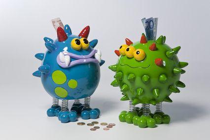 KARE Spardose Little Big Monster blau 28cm  Soooo süß! Kleine Sparmonster zum Füttern und Knutschen.  Material:  Polyresin lackiert, Stahlfeder-Beine  Größe:  0,275 x 0,2 x 0,2 m  Gewicht:...