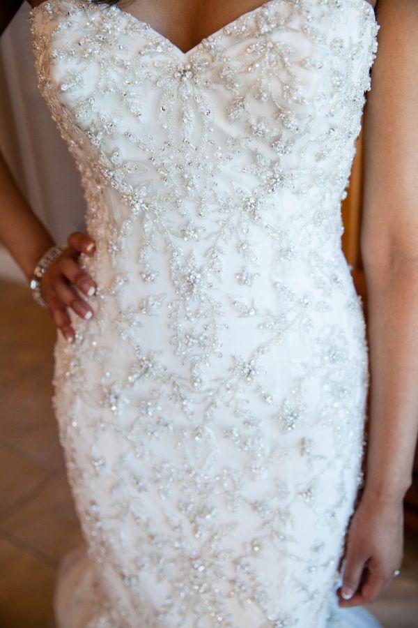 Fun and Classy Beachfront Wedding in Pensecola, Florida photographer:http://www.cendinoteme.com/ #beadbridalgown #wedding #bride