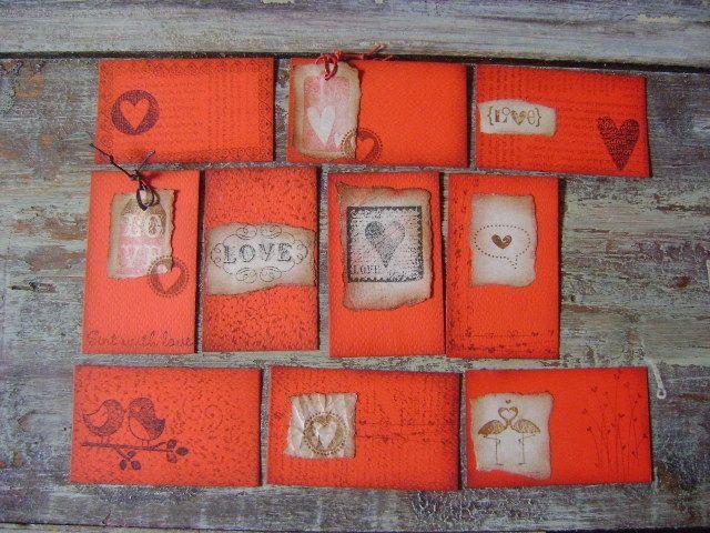 Tarjetas personalizadas, ambientadas con símbolos de amor. tarjetas para regalos y recordatorios de cumpleaños. Diseños Marta Correa Blog: 321 643 63 84 Cel: 321 643 63 84