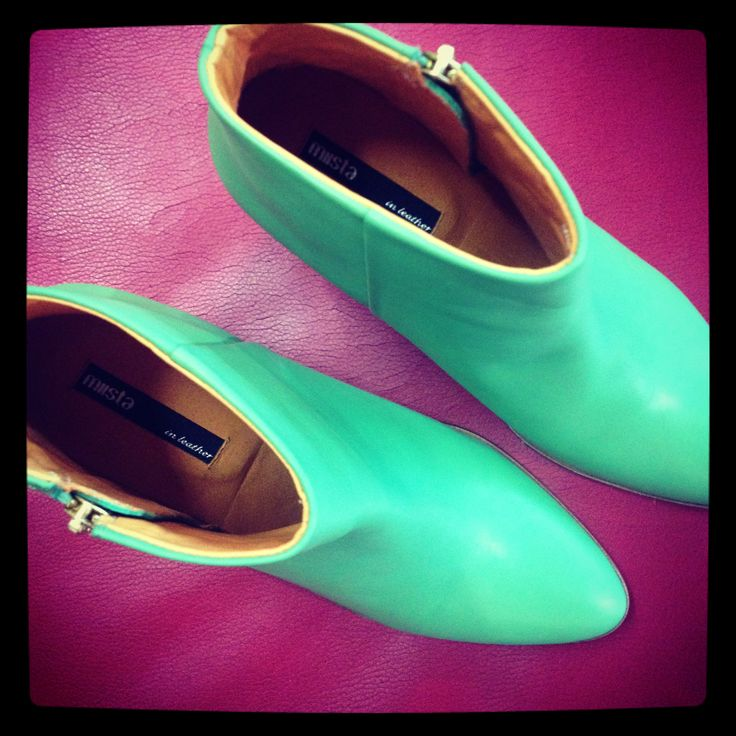 Miista Val apple green ankle boots. Sigh.